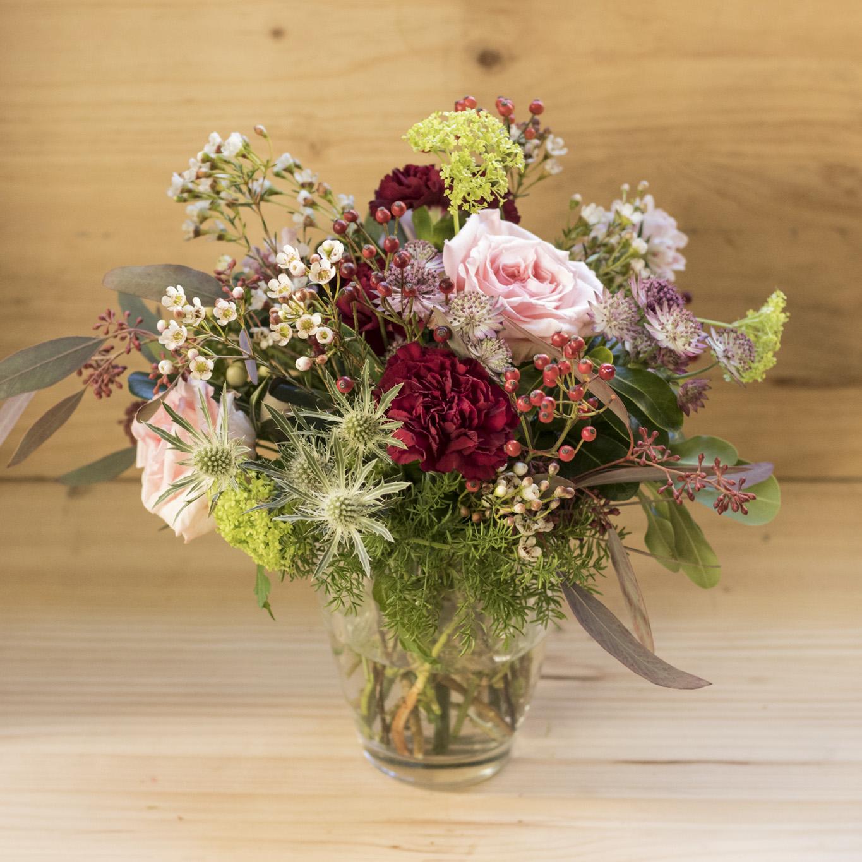 Jarr n de cristal con flores pecci arte floral for Jarron cristal